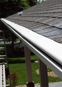 Protect Your Home With Seamless Leafless Gutters